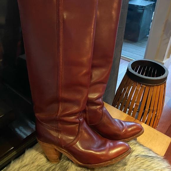 1970s Frye Burgundy Cowboy Boots Size 8
